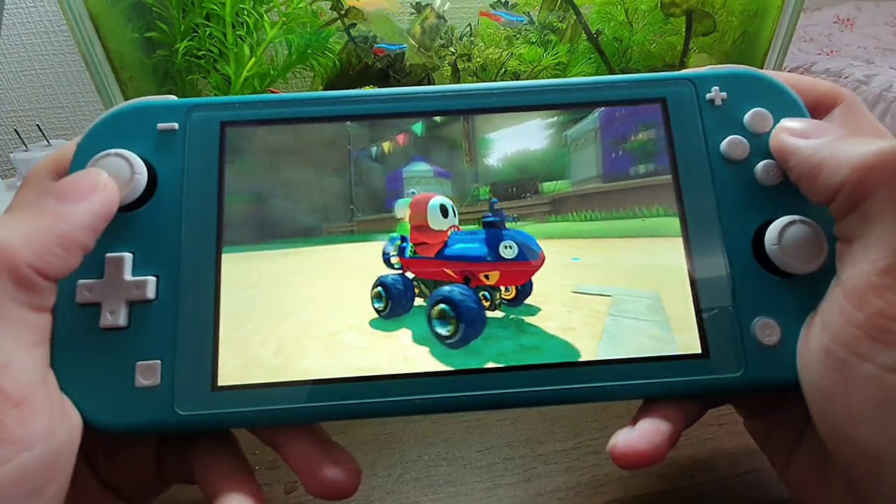 Why I Hate Mario Kart 8 Deluxe On The Switch Lite