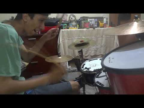 Hayden Panettiere – Wake Up Call [HQ] – (Drum Cover)