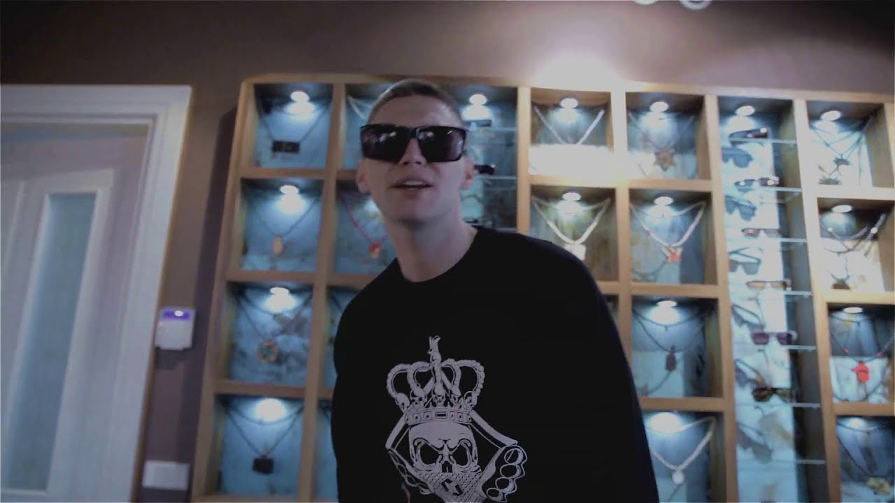 Mad Money - Mano Menas (official video 2014)