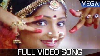 Watch kodai mazhai tamil movie video songs starring : vidya venugopal, lakshmi, jaishankar, sripriya directed by muktha s. sundar produced v. ramasami...