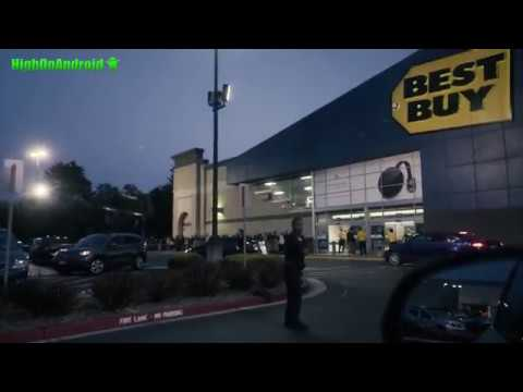 Best Buy Black Friday Madness - Crazy Asian Invasion!