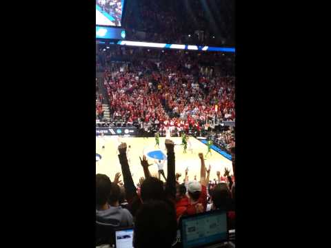 Bradley Center gets loud for the Badgers