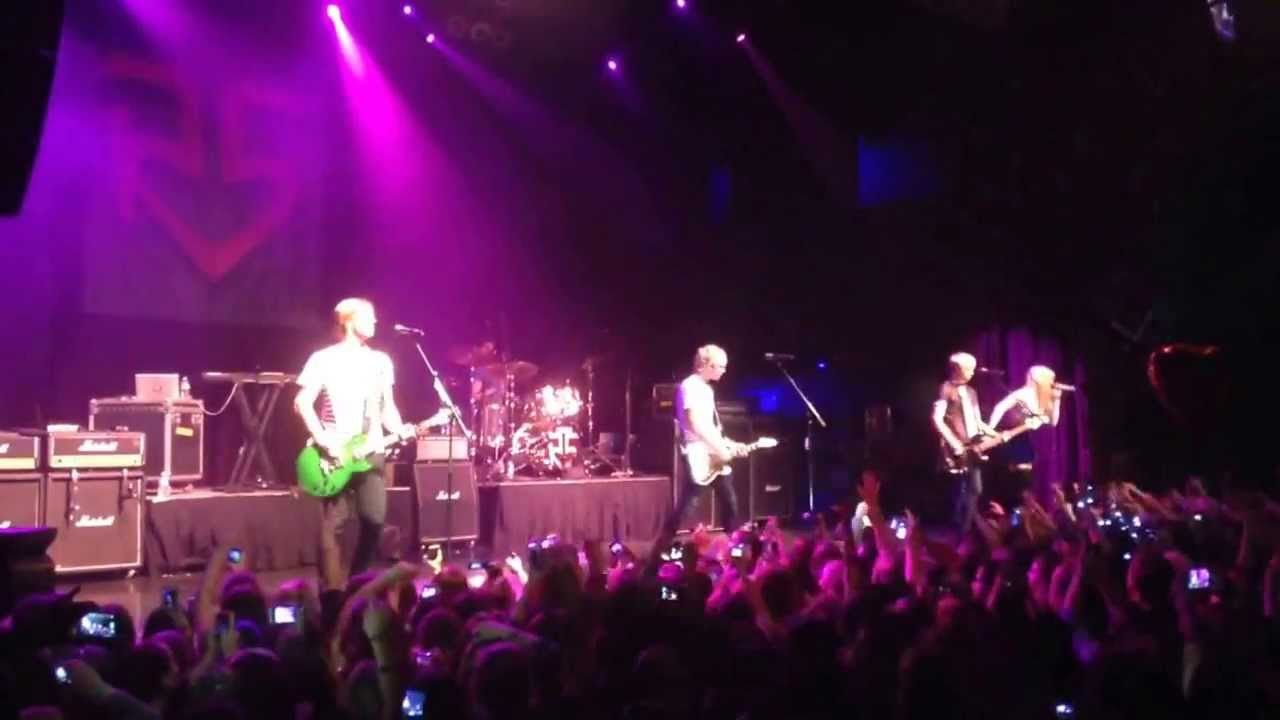 r5 live oct 27th at house of blues in boston - youtube