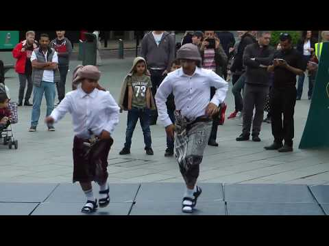 Yemeni Dancers - One Sheffield Many Cultures 2016