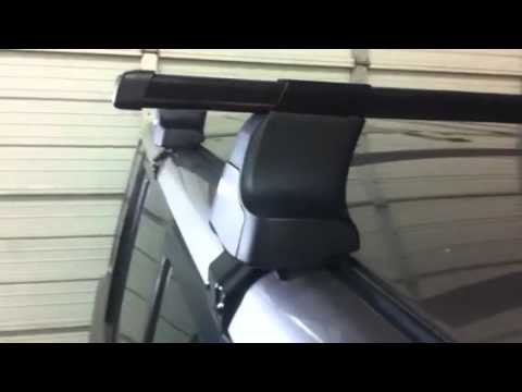 Scion Xb Outfitted With Thule Traverse Roof Rack Youtube