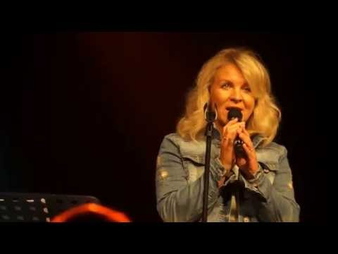 Elisabeth Ødegård Widmer  & CAP All the way Skjærgårdssang 2016