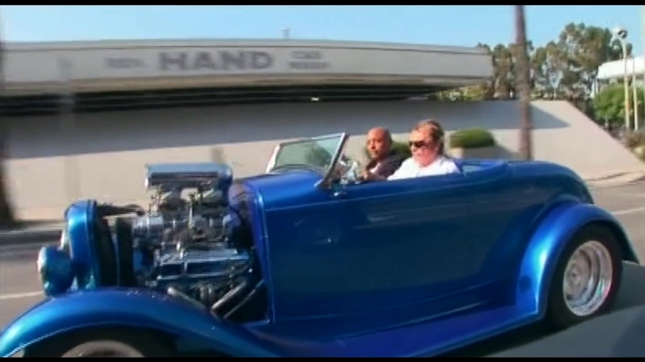 johnny hallyday au volant de sa hot rod los angeles youtube. Black Bedroom Furniture Sets. Home Design Ideas