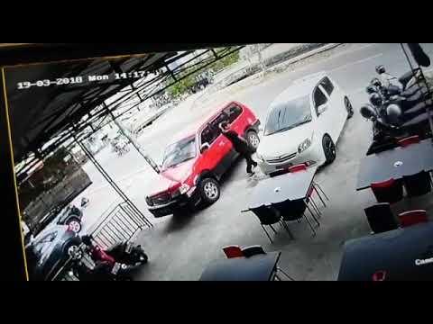 pecah kaca mobil terekam CCTV Mp3