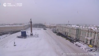 Смотреть видео Парад в Санкт-Петербурге в честь 75-летия снятия блокады Ленинграда онлайн