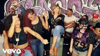 Repeat youtube video Tisha Campbell Martin - Lazy B*tch (This Ain't Gina)
