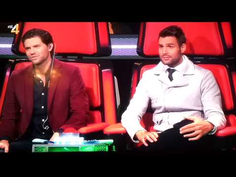 The Voice Kids sing off van Jarmo ~ Billionaire, Bruno Mars.