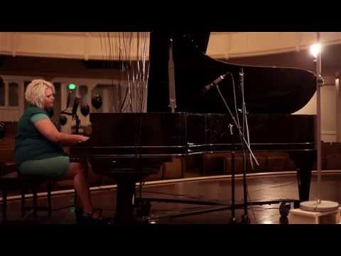 Emily Ann Peterson - 04 - Destined To The Road (Live)