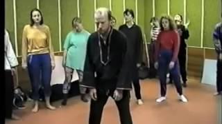 Смотреть видео трэш-шапито КАЧ - Москва сосёт, Питер решает! (Kontext's Alcoshminimal Remix) онлайн