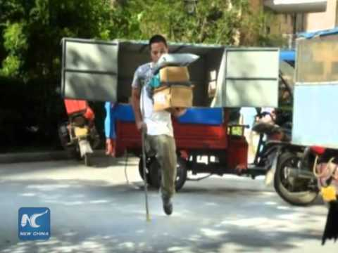 One-legged delivery worker moves hundreds of packages daily