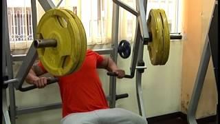 Влез във форма (тренировка за гърди)