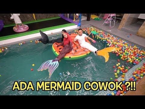 Ada Mermaid Cowok Di Rumah Ricis 😍😅
