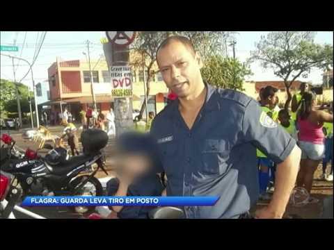 Homem atira em guarda após advertência para não fumar em posto de gasolina
