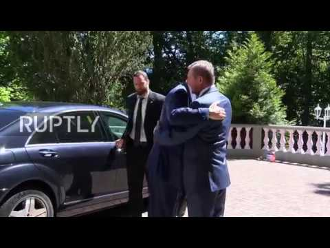 Switzerland: Gatilov welcomes Jaafari at Geneva's Russian mission for Syria talks