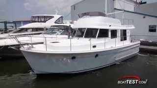 Beneteau Swift Trawler 34 Maneuvering BoatMarket motor yachts(Swift Trawler 34 Boatmarket - sale of Beneteau yachts in Moscow http://www.boatmarket.ru/beneteau/20/182/, 2014-09-19T22:09:47.000Z)