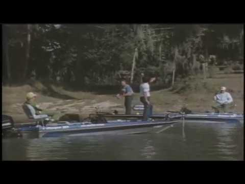 Elias and Dowden fish head to head at 1982 Bassmaster Classic