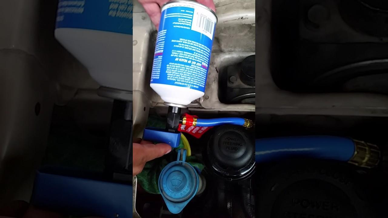 Kia Optima: Checking the amount of air conditioner refrigerant and compressor lubricant