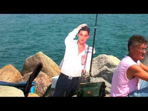 Antonio Strikes a Pose and goes Fishing, Barcelona