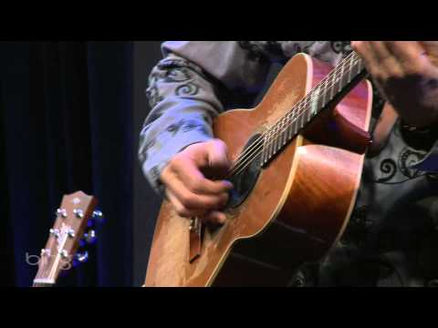 Tommy Emmanuel - Beatles Medley (Bing Lounge)