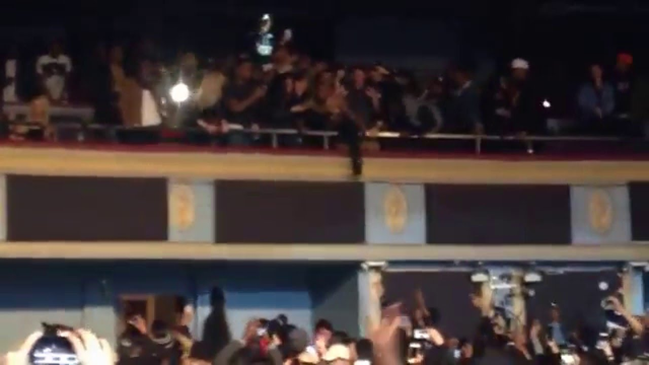 Tory lanez hopping into the danforth music hall balcony for The balcony music