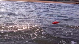 UNSTOPPABLE Super Fast RC Boat Jumping Waves