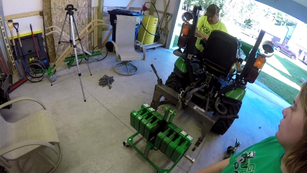 John Deere 1025R - Ultimate Transformer Toy #3 - Quick Hitch & 3PT Removal