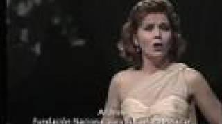 Soprano lírica Ilia Martínez interpreta Desesperanza