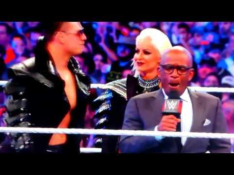 WrestleMania 33 John Cena and Nikki Bella entrance