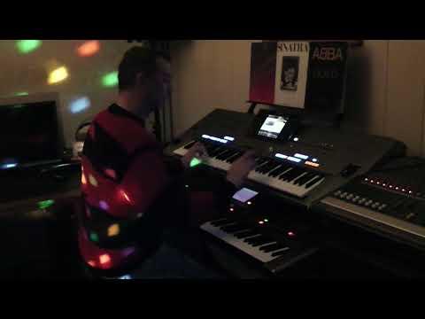 Feliz Navidad Rico James Last Gunter Noris Style Yamaha Tyros 5 Roland G70 Merry Christmas