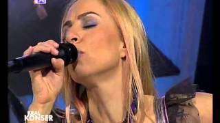 Zeynep Casalini -  Duvar (Canlı Performans)