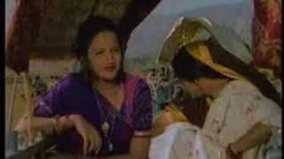 Dharti Meri Mata - Sarika, Sachin & Urmilla Bhatt - Geet Gaata Chal