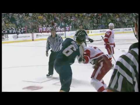 Andreas Lilja vs Shea Weber Feb 28, 2009