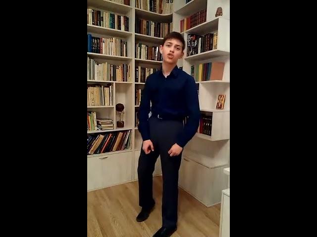Изображение предпросмотра прочтения – ГригорийУдовенко читает произведение «Вам» В.В.Маяковского