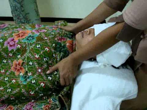 สอนนวดน้ำมัน อโรมา ด้านไหล่ อก aroma massage on shoulder