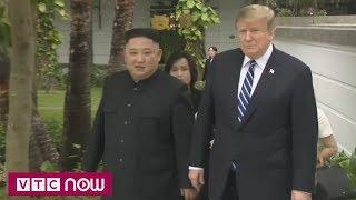 Hai ông Trump - Kim bước ra vườn đi dạo | VTC1