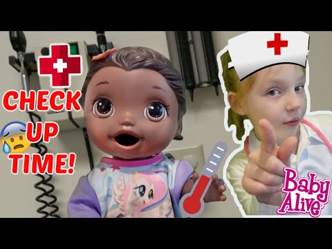 BABY ALIVE goes to the DOCTOR! The Lilly Mommy Show! The TOYTASTIC Sisters! FUUNY KIDS SKIT!