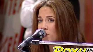 "Sheryl Crow - ""Run Baby Run"" acoustic piano (Italy, 12 Feb 1994)"