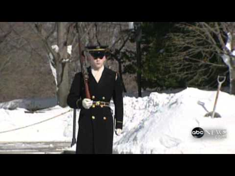Tomb of the Unknown Solider Guarded in Snow   Video - ABC News.flv