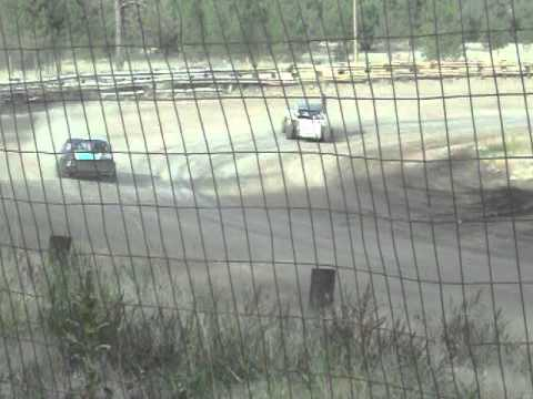 Eagle Track Raceway Fever 4 Race With Modified Part 2 Oct 5th 2013