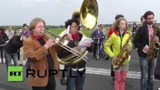 Germany: Musicians pull out all the stops on Berlin