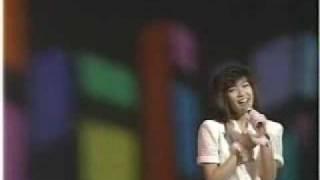 アイドル時代最後の曲。(1987年) 作曲は小室哲哉。
