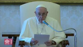Pope Francis prays for victims of Lebanon explosion