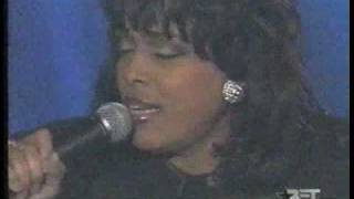 Vickie Winans (Oh What Love)