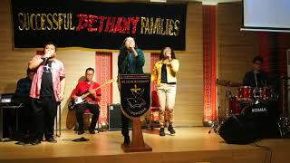 Gereja Bethany Indonesia AoE - Ada Kuasa dalam Pujian - Stephanie