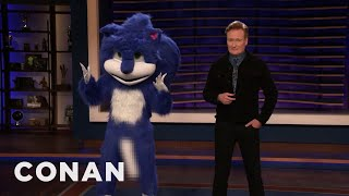 the-new-improved-sonic-the-hedgehog-stops-by-conan-conan-on-tbs