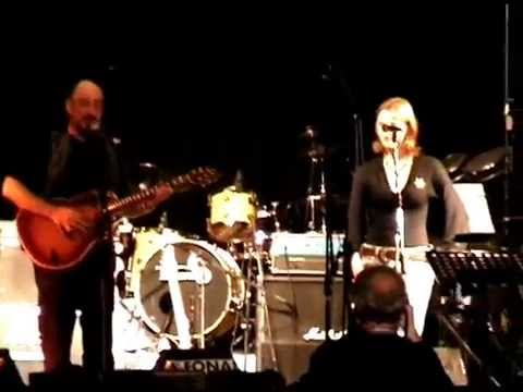 Ian Anderson & Silvia Perlini - Dun Ringill - Live 2006.